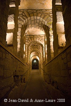 Catacombes_de_Paris1